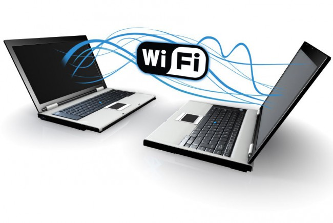 Jaringan Peer to Peer Menggunakan Wifi Internal Laptop (WiFi Ad hoc)